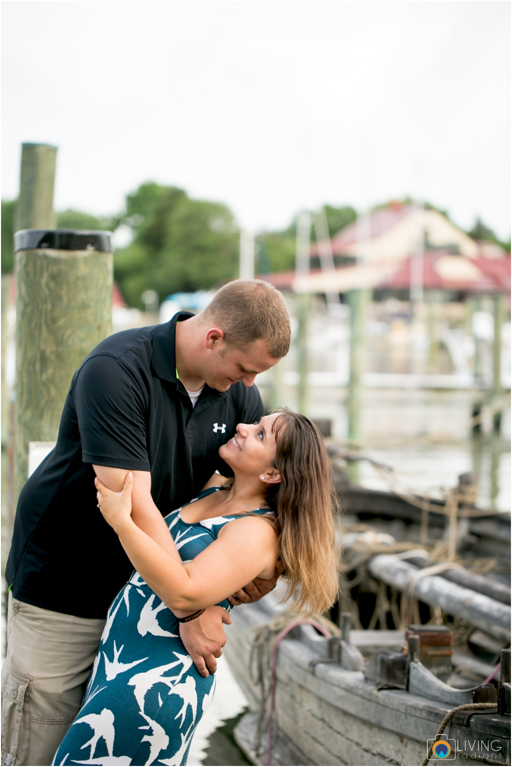 St.-Michaels-Engagement-Wedding-Photography-Living-Radiant-Photography-on-the-water-photos-Megan-Kevin_0034.jpg