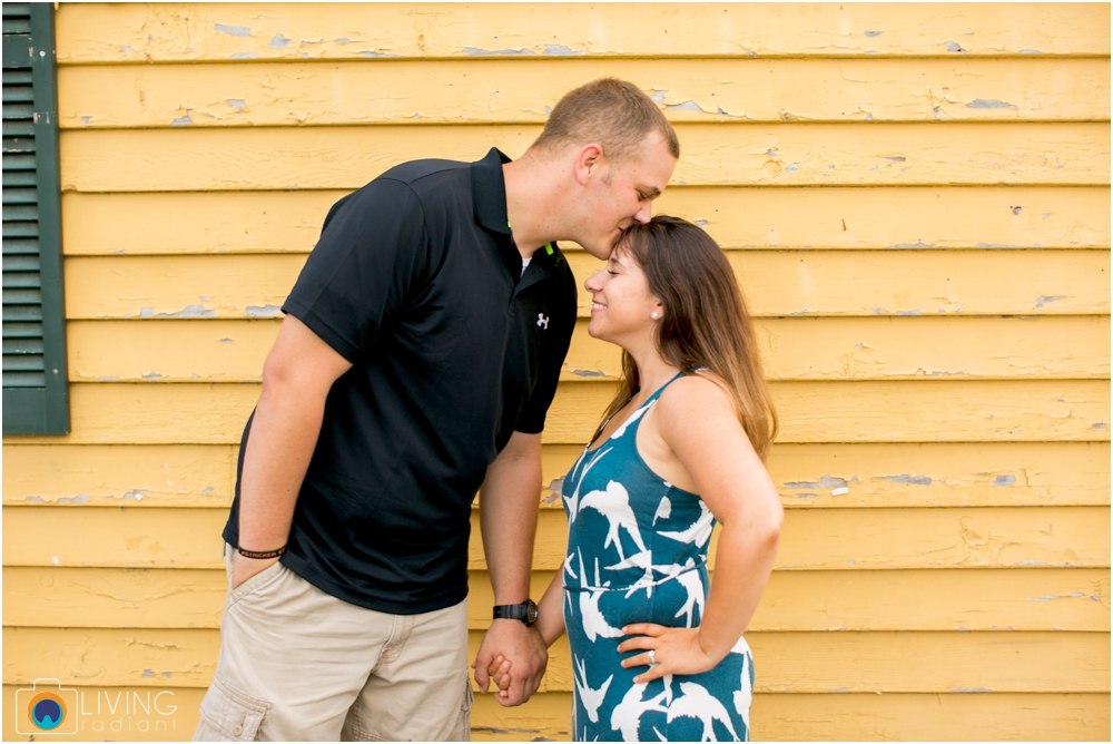 St.-Michaels-Engagement-Wedding-Photography-Living-Radiant-Photography-on-the-water-photos-Megan-Kevin_0039.jpg
