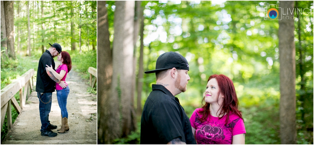 crystal-mike-engagement-session-ellicott-city-maryland-living-radiant-photography_0001.jpg