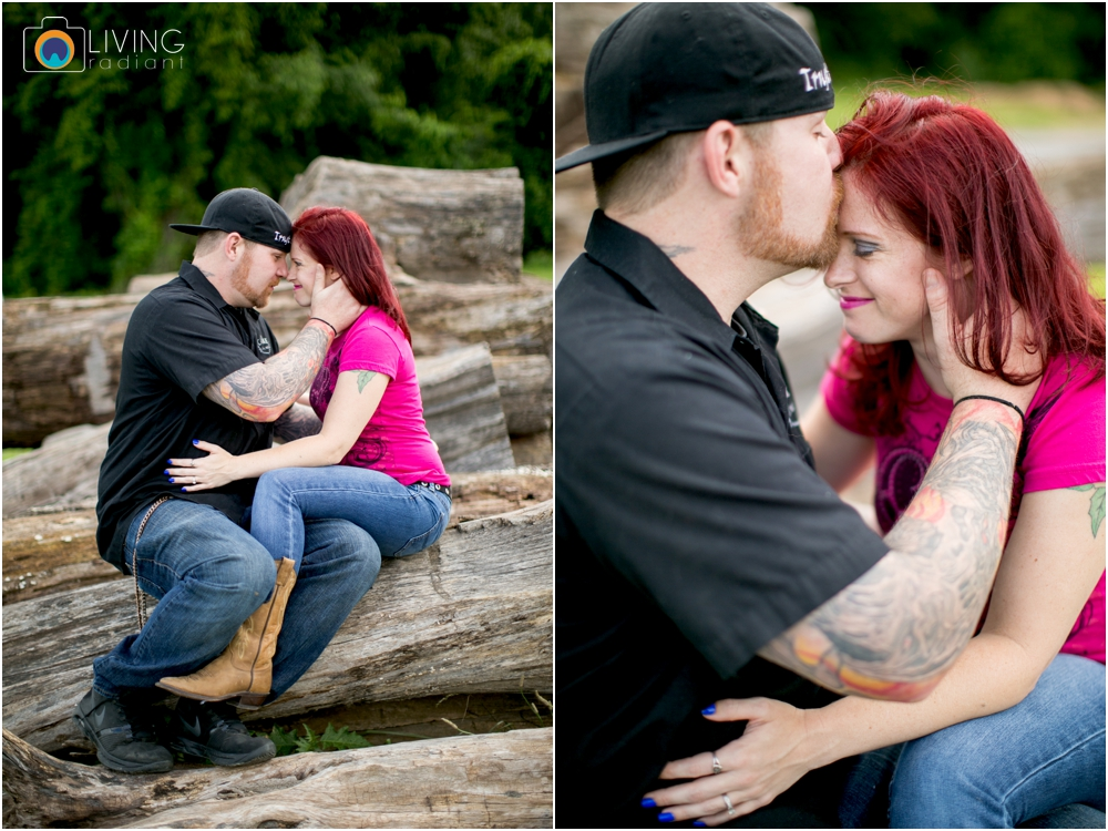 crystal-mike-engagement-session-ellicott-city-maryland-living-radiant-photography_0009.jpg