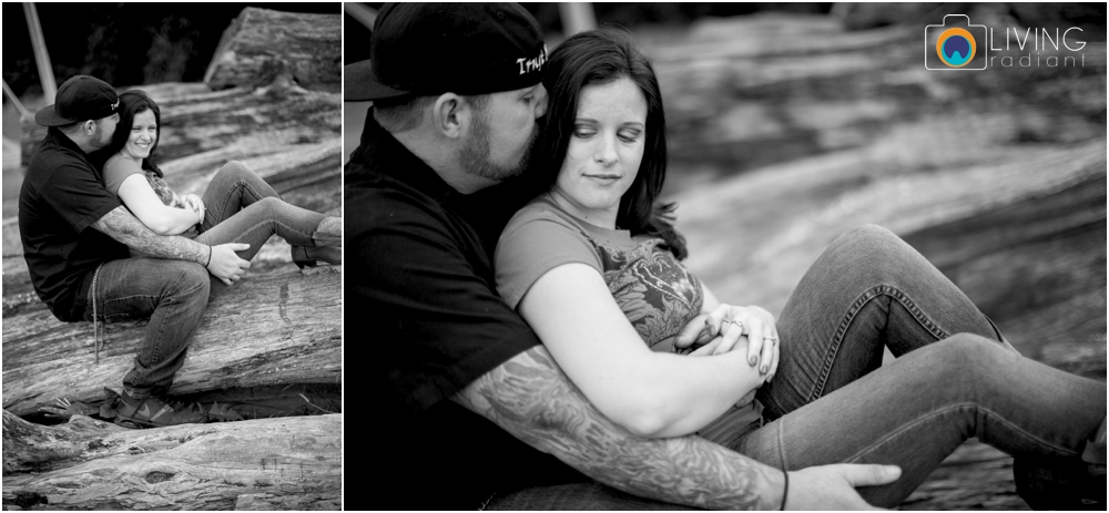 crystal-mike-engagement-session-ellicott-city-maryland-living-radiant-photography_0014.jpg