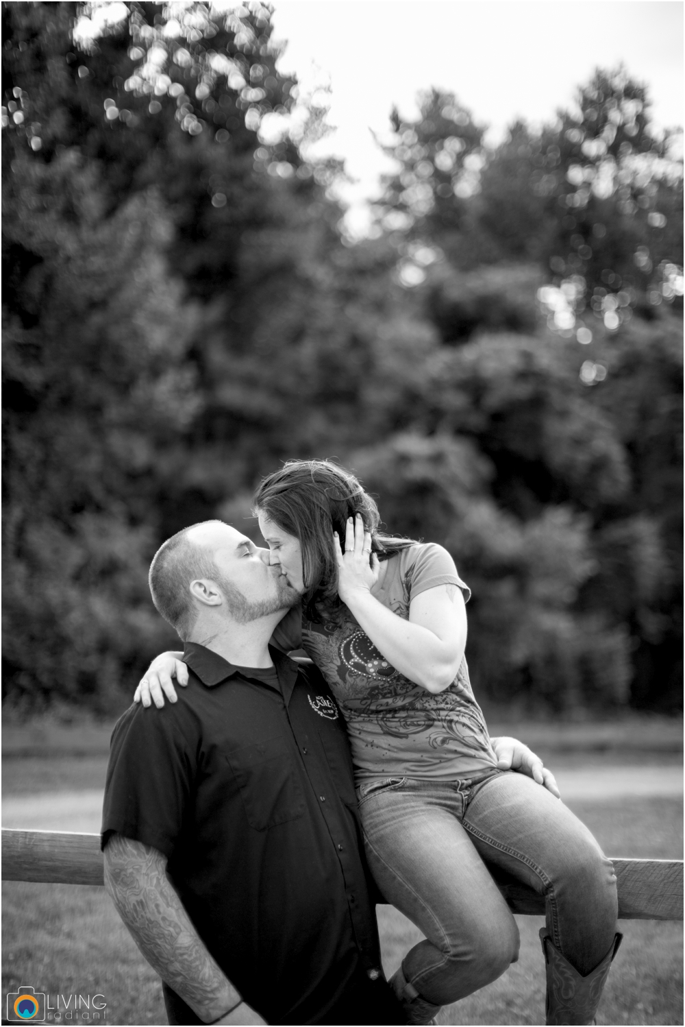 crystal-mike-engagement-session-ellicott-city-maryland-living-radiant-photography_0020.jpg