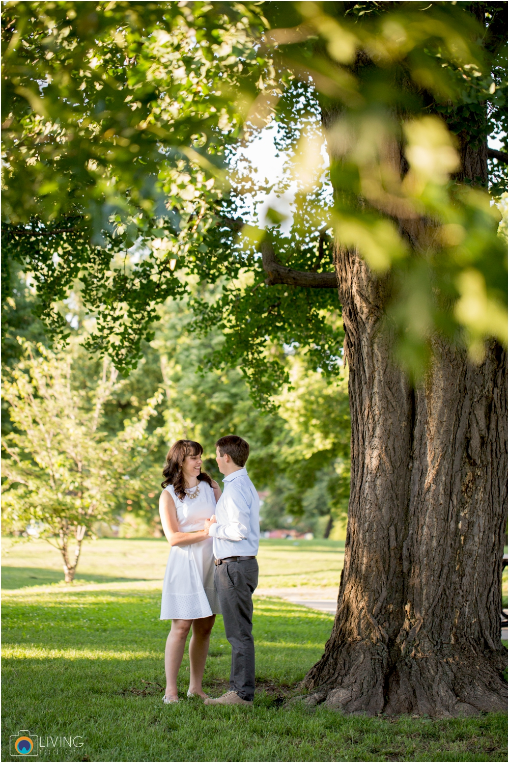 eva-dave-engaged-patterson-park-baltimore-downtown-living-radiant-photography-photos_0018.jpg