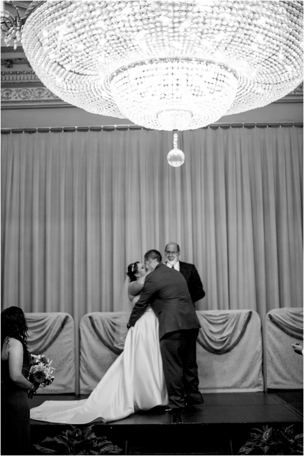 Martins-Valley-Mansion-Ballroom-Maryland-Weddings-Living-Radiant-Photography-Davis_0048.jpg