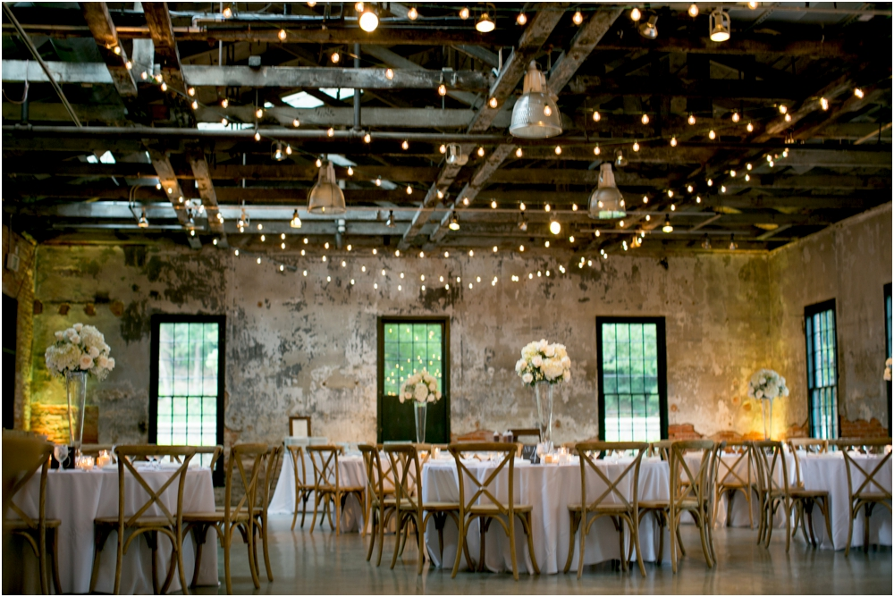 A Gold & White Baltimore Wedding at Mt Washington Mill Dye House Living Radiant Photography_0048.jpg