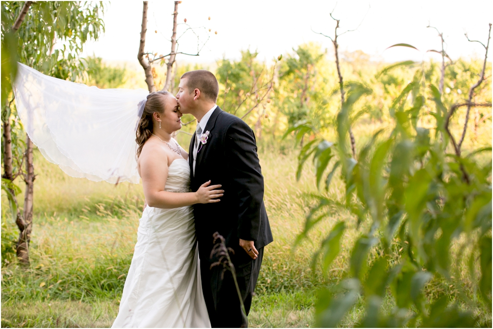 Welker Round Barn Farm Market Outdoor Wedding Living Radiant Photography-65_0093.jpg