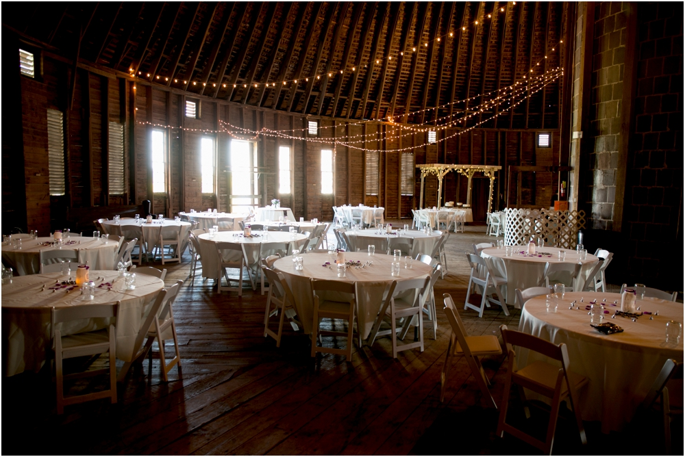 Welker Round Barn Farm Market Outdoor Wedding Living Radiant Photography-65_0113.jpg