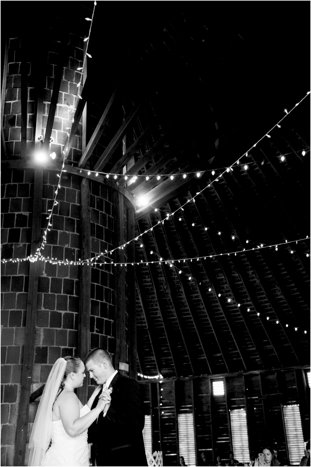 Welker Round Barn Farm Market Outdoor Wedding Living Radiant Photography-65_0119.jpg
