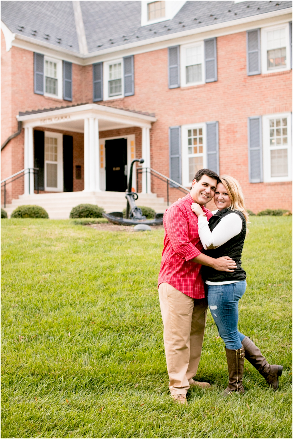 torie chris university of maryland engagement session living radiant photography_0034.jpg