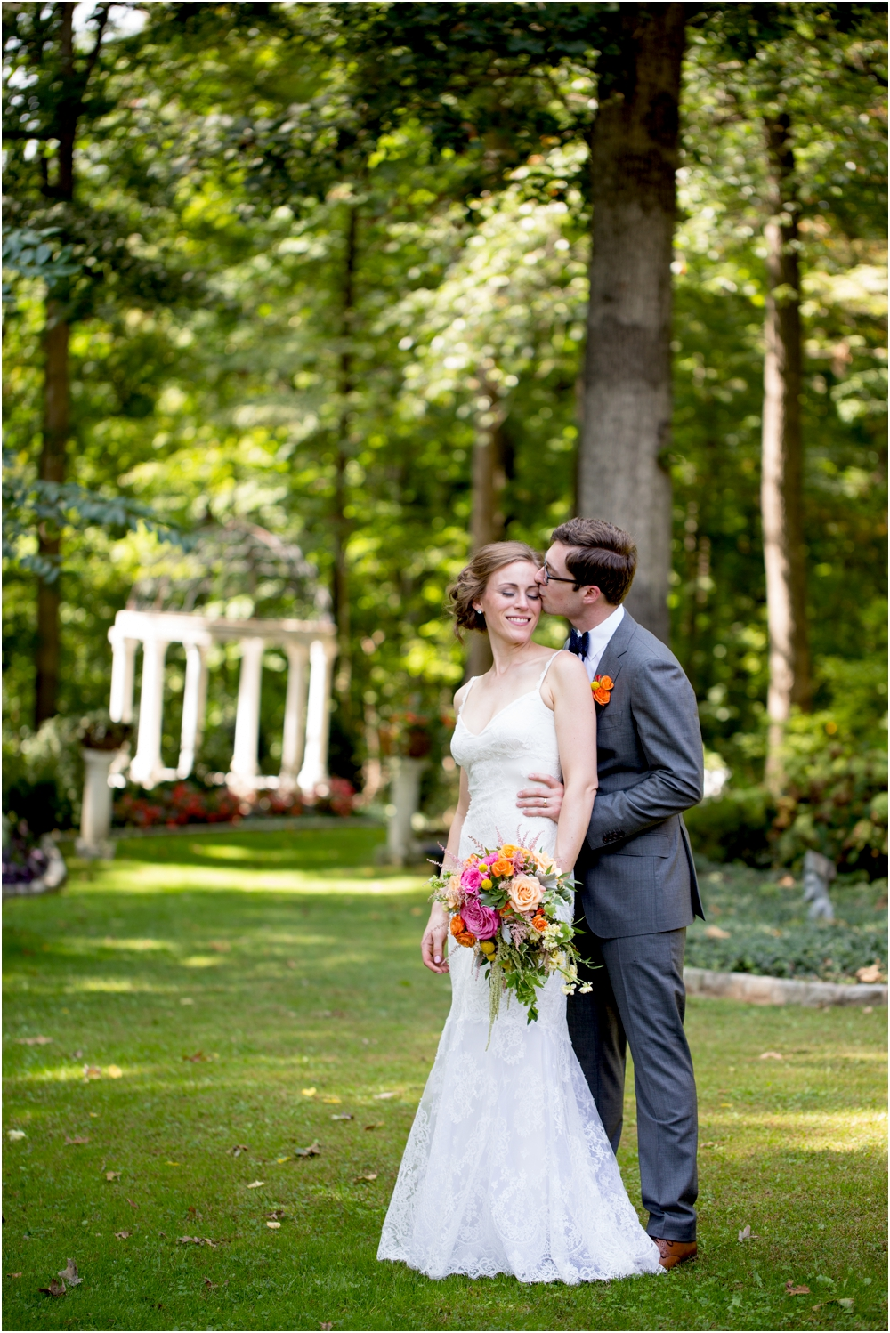 daniel chrissy gramercy mansion outdoor garden wedding living radiant photography_0109.jpg