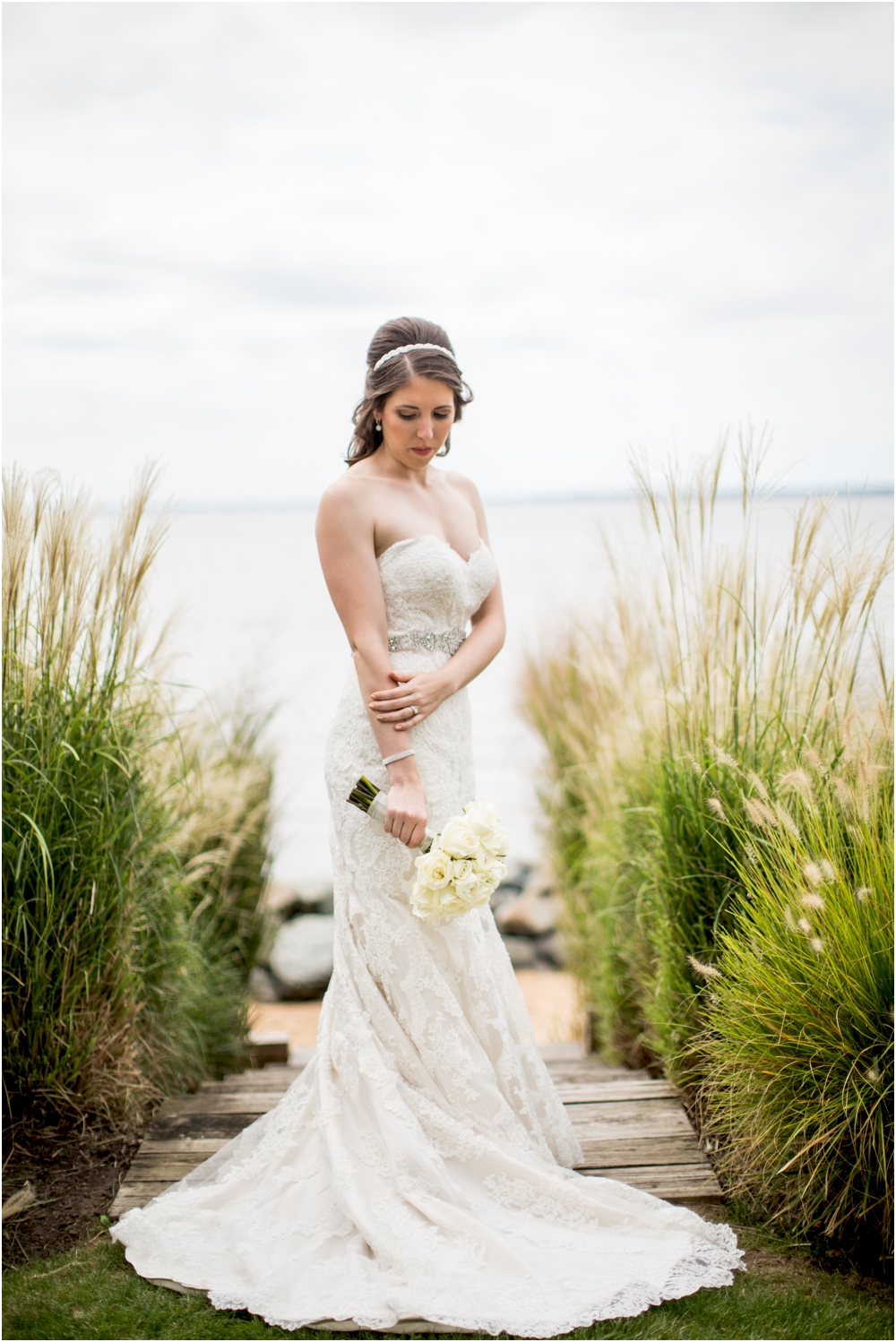 allison mario chesapeake bay beach club wedding living radiant photography_0038.jpg