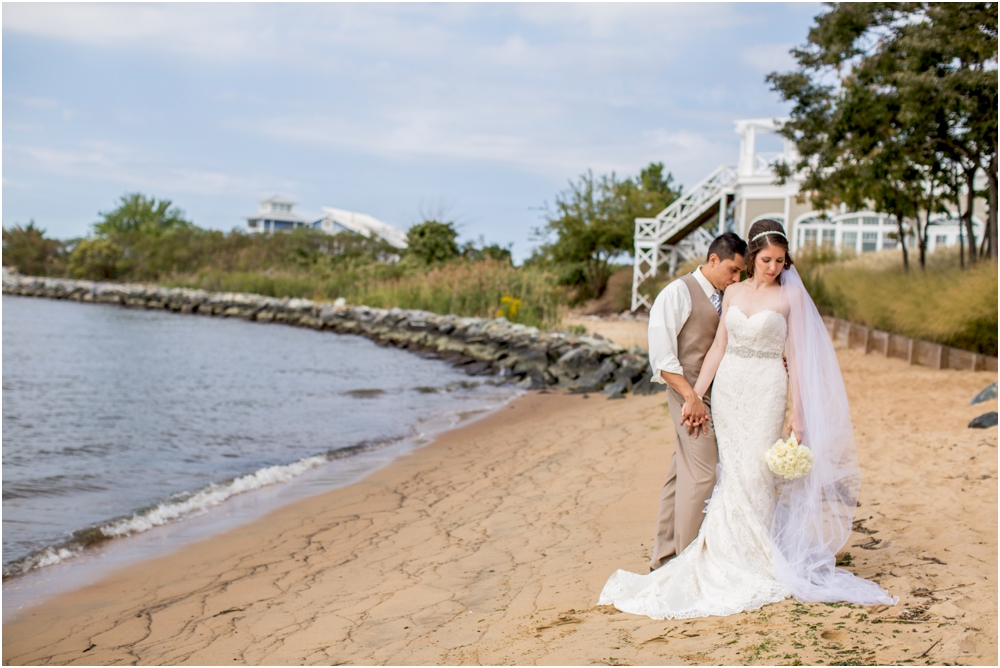 allison mario chesapeake bay beach club wedding living radiant photography_0058.jpg