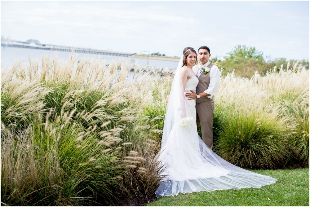 allison mario chesapeake bay beach club wedding living radiant photography_0074.jpg