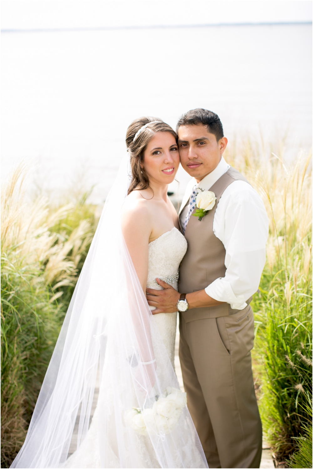 allison mario chesapeake bay beach club wedding living radiant photography_0078.jpg