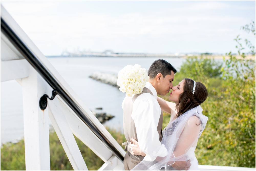 allison mario chesapeake bay beach club wedding living radiant photography_0080.jpg