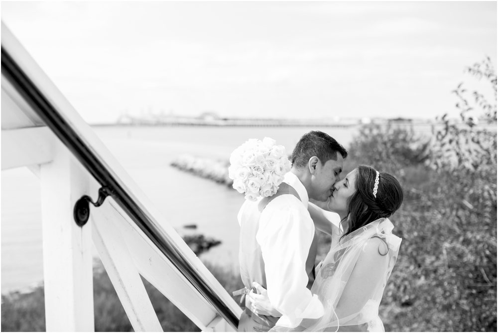 allison mario chesapeake bay beach club wedding living radiant photography_0082.jpg