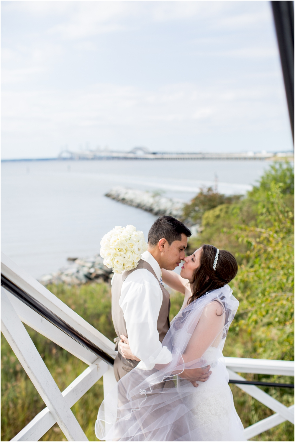 allison mario chesapeake bay beach club wedding living radiant photography_0081.jpg