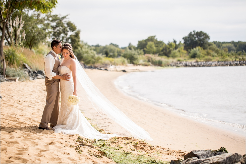 allison mario chesapeake bay beach club wedding living radiant photography_0090.jpg