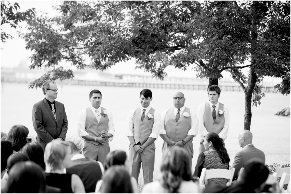 allison mario chesapeake bay beach club wedding living radiant photography_0108.jpg