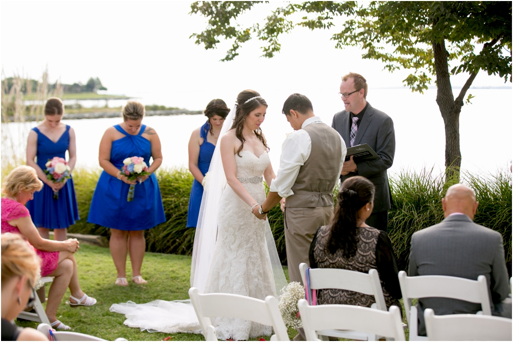 allison mario chesapeake bay beach club wedding living radiant photography_0121.jpg