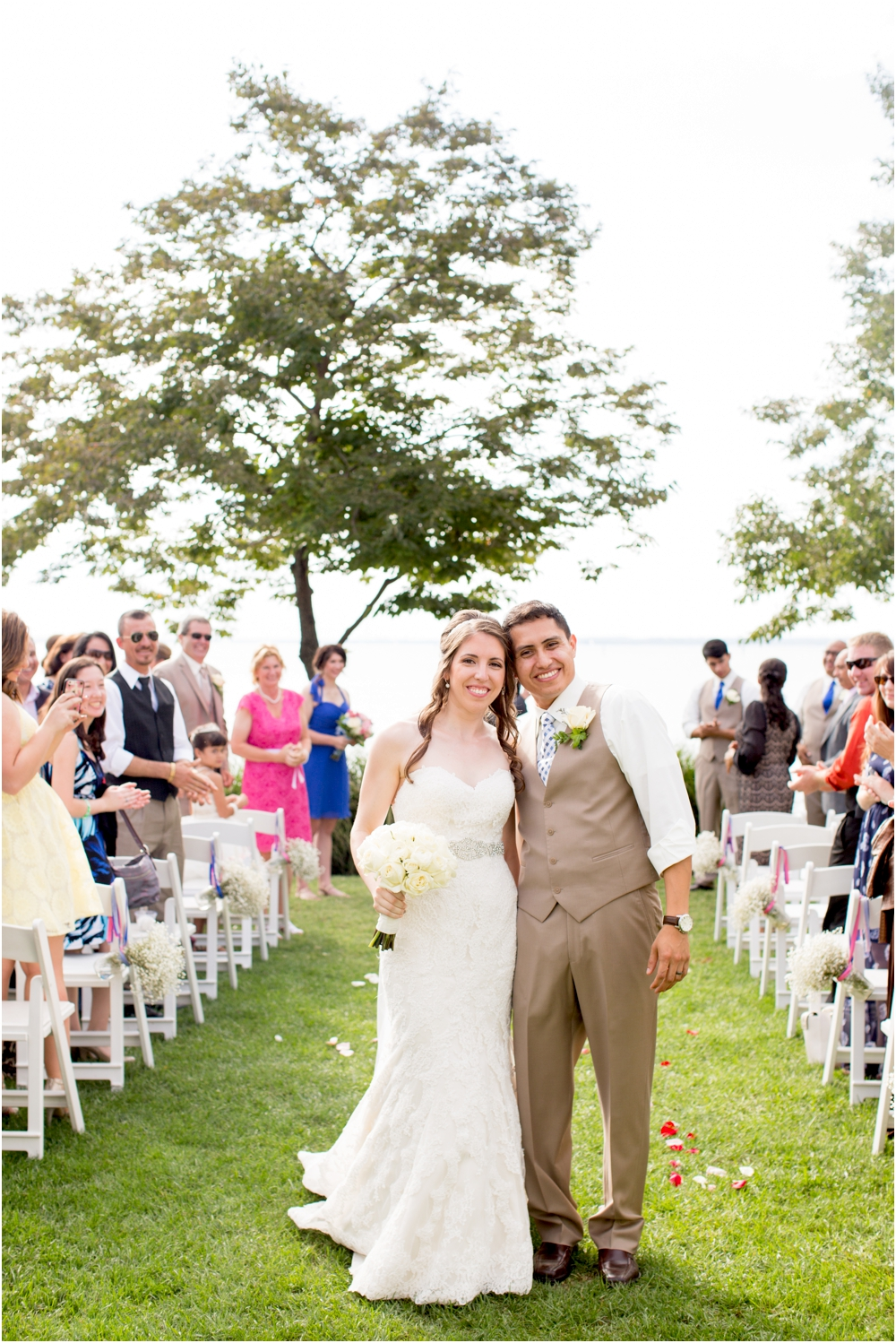 allison mario chesapeake bay beach club wedding living radiant photography_0124.jpg