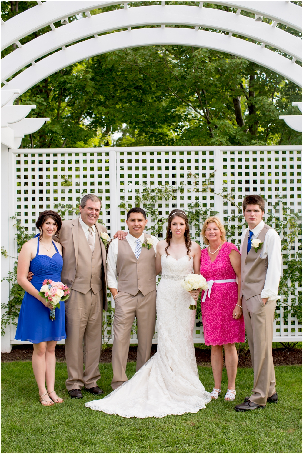 allison mario chesapeake bay beach club wedding living radiant photography_0127.jpg