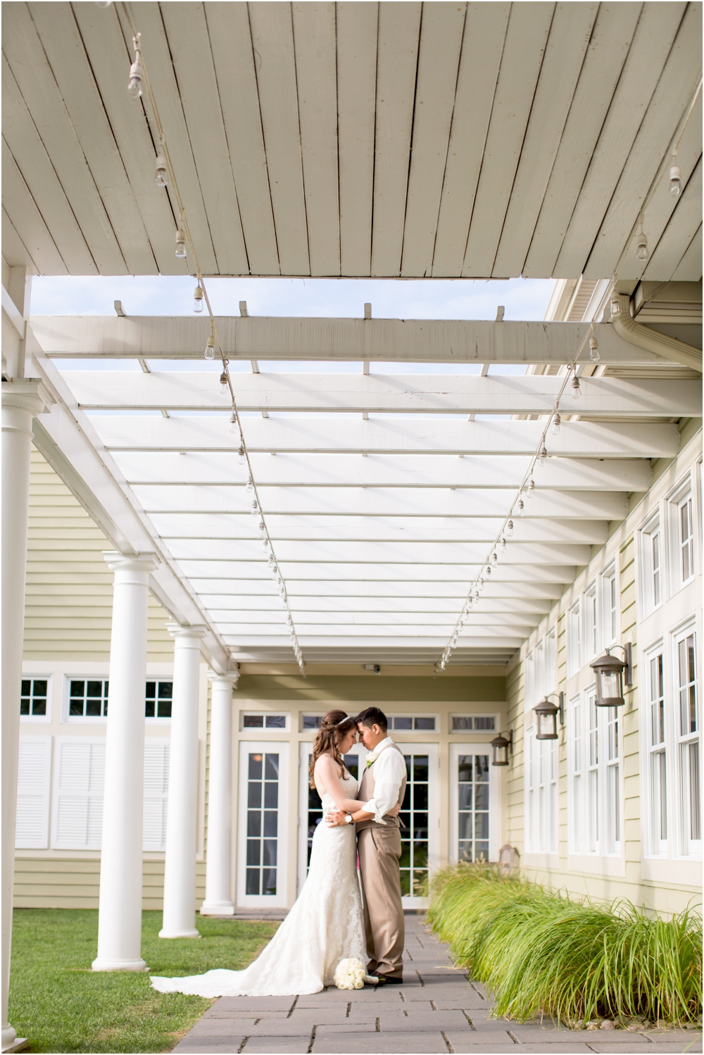 allison mario chesapeake bay beach club wedding living radiant photography_0151.jpg