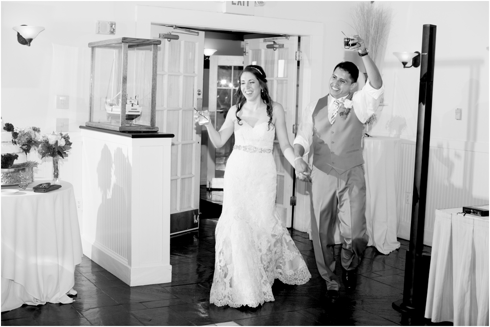 allison mario chesapeake bay beach club wedding living radiant photography_0161.jpg