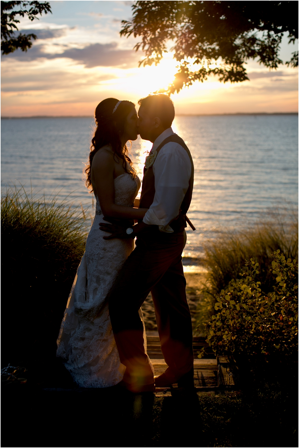 allison mario chesapeake bay beach club wedding living radiant photography_0192.jpg