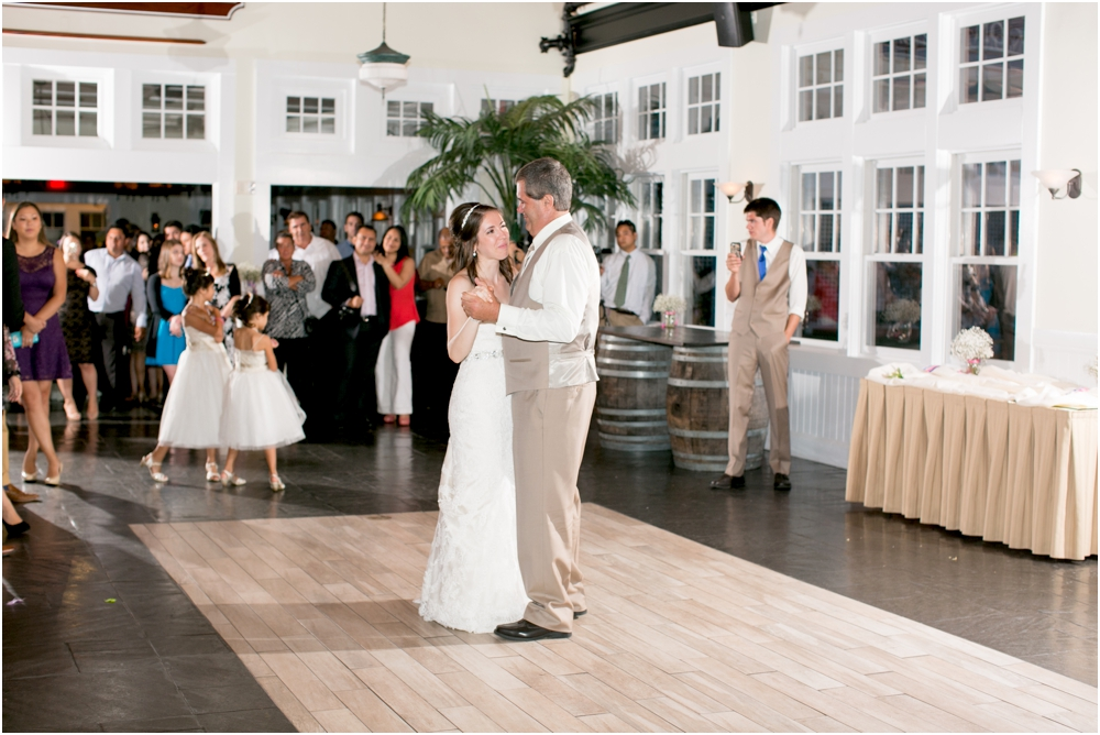 allison mario chesapeake bay beach club wedding living radiant photography_0196.jpg