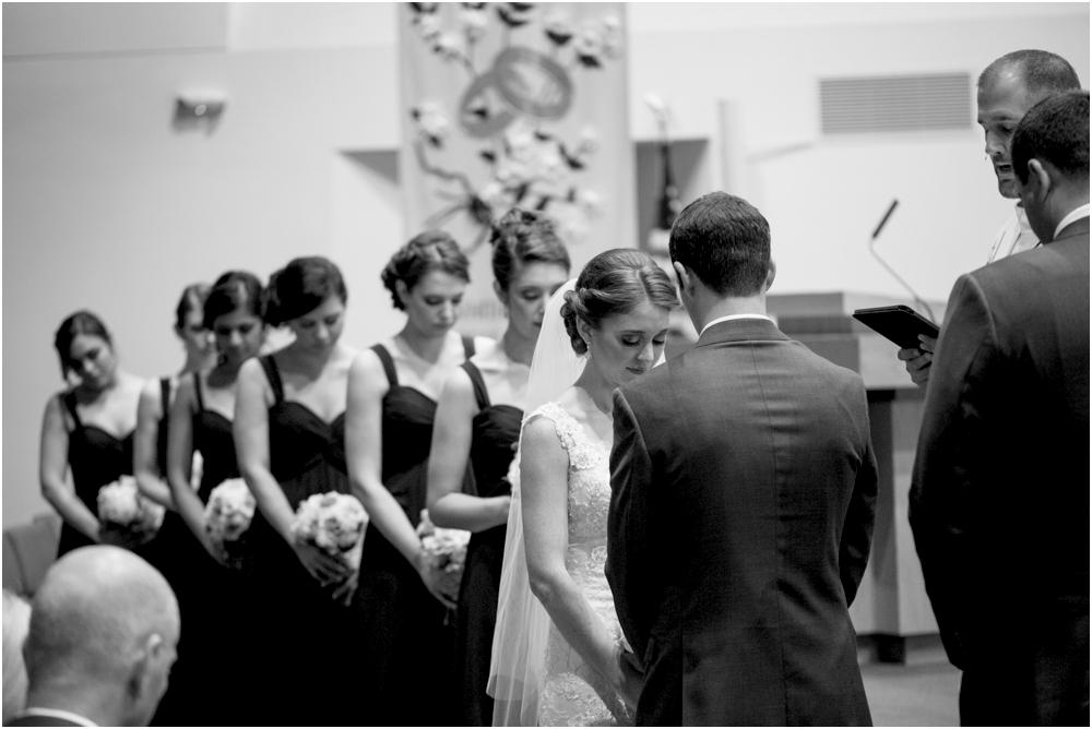 tim steph senkewicz hunt valley inn wedding living radiant photography photos_0083.jpg