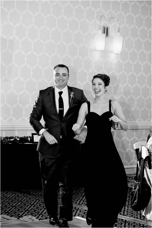 tim steph senkewicz hunt valley inn wedding living radiant photography photos_0102.jpg