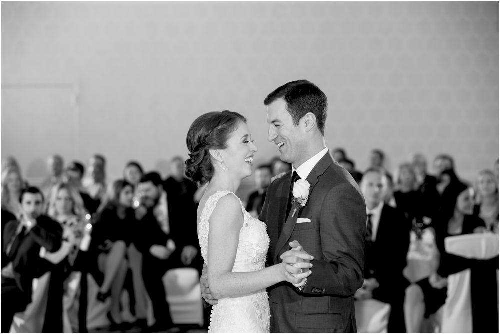 tim steph senkewicz hunt valley inn wedding living radiant photography photos_0105.jpg
