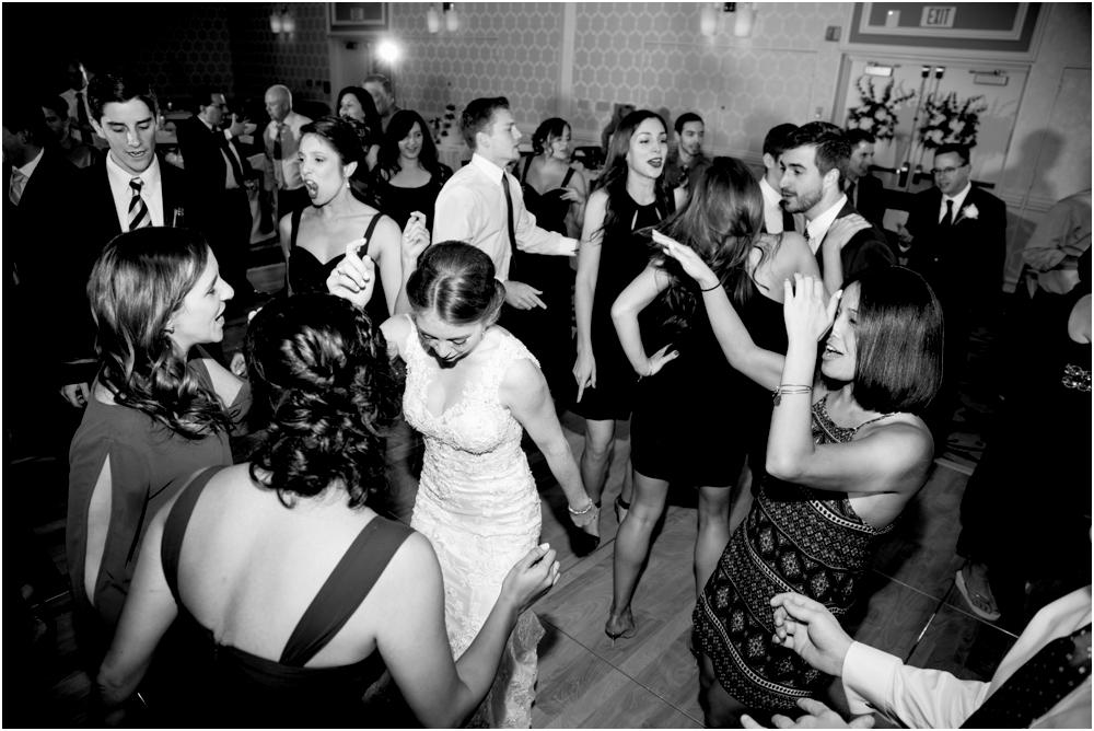 tim steph senkewicz hunt valley inn wedding living radiant photography photos_0115.jpg