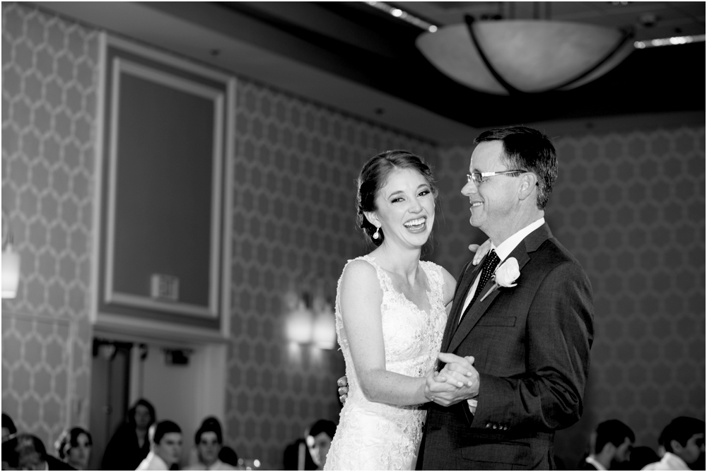 tim steph senkewicz hunt valley inn wedding living radiant photography photos_0114.jpg