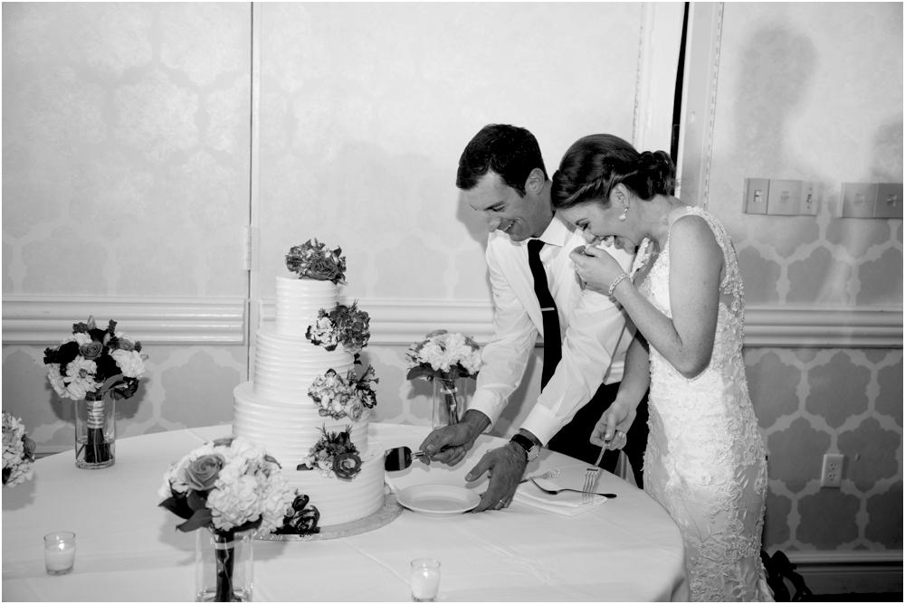tim steph senkewicz hunt valley inn wedding living radiant photography photos_0120.jpg