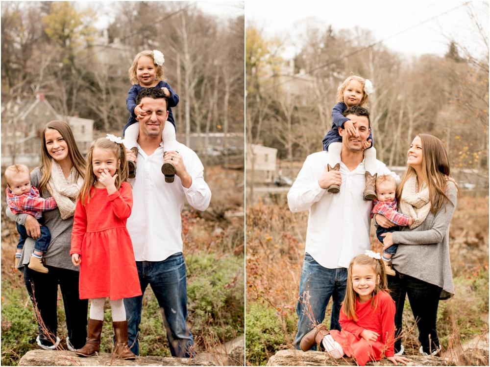 casey jordan tyler ellicott city holiday family session living radiant photography_0003.jpg