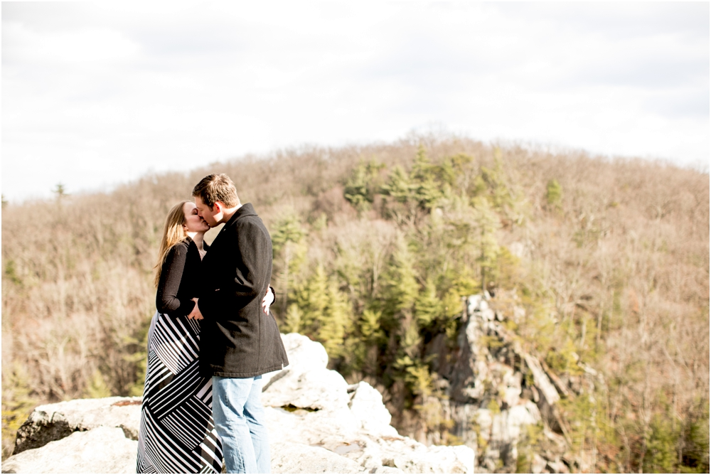 bridget jeff woods engagement session living radiant photography photos_0010.jpg