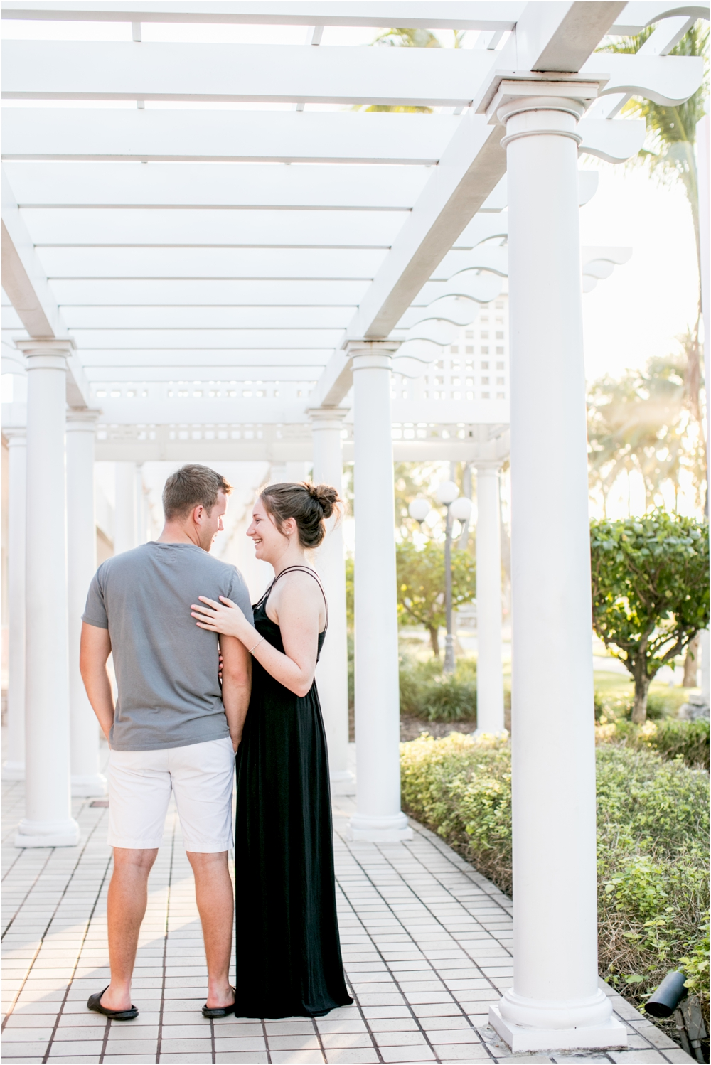 alyssa josh bahama engagement session beach living radiant photography_0019.jpg