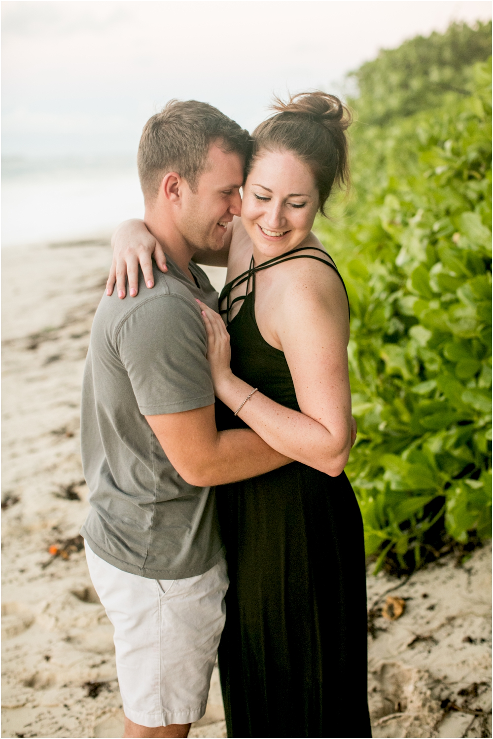 alyssa josh bahama engagement session beach living radiant photography_0034.jpg