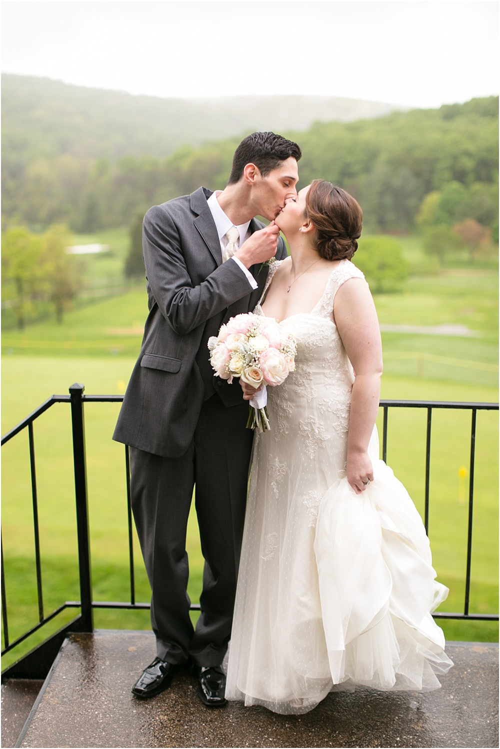 Hunt Valley Golf Club Wedding Living Radiant Photography Rever Photos_0102.jpg