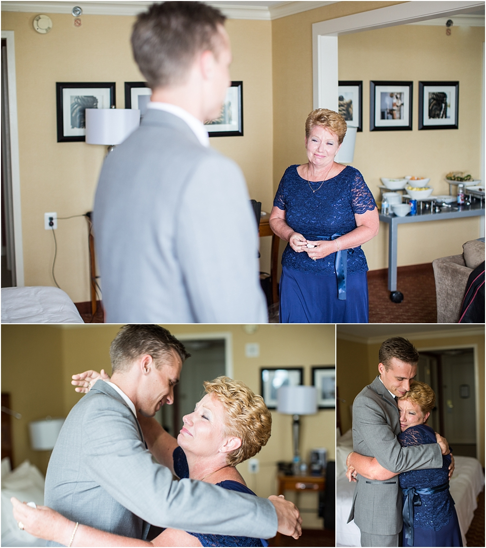 baltimore marriott waterfront wedding living radiant photograpy victoria clausen florals fiscus photos_0023.jpg