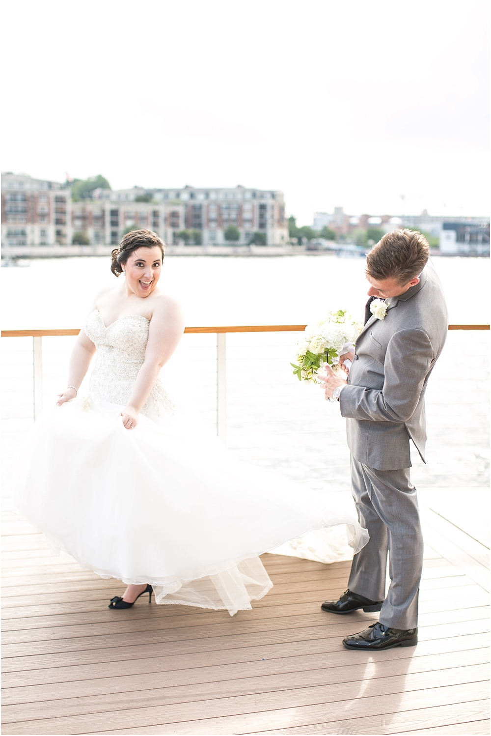 baltimore marriott waterfront wedding living radiant photograpy victoria clausen florals fiscus photos_0071.jpg