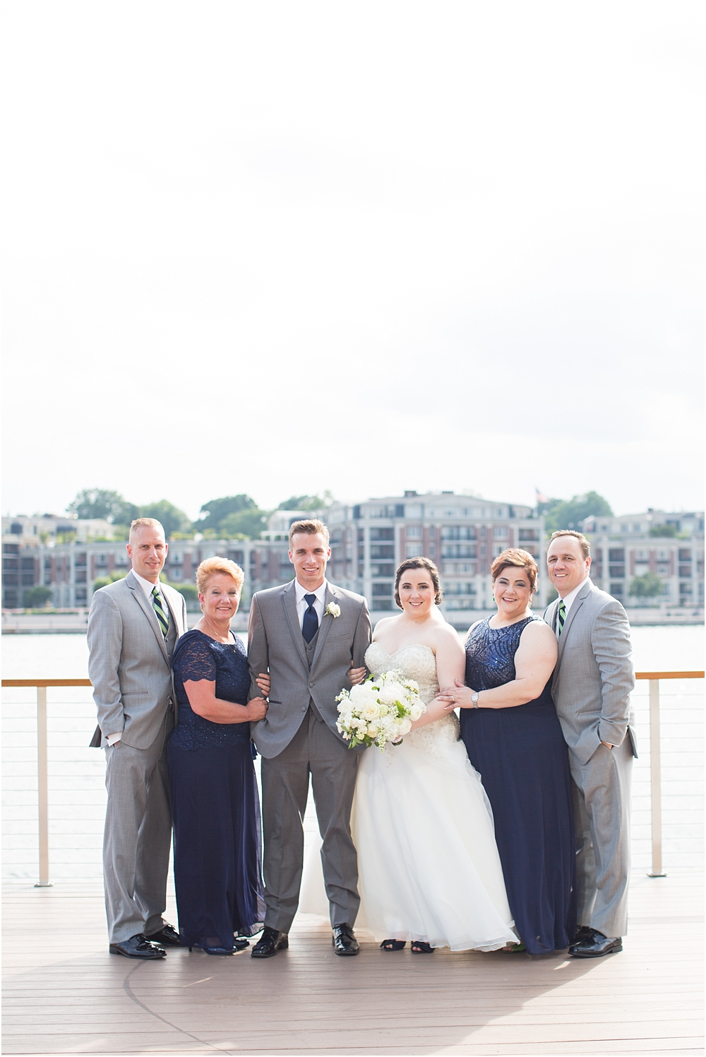 baltimore marriott waterfront wedding living radiant photograpy victoria clausen florals fiscus photos_0070.jpg