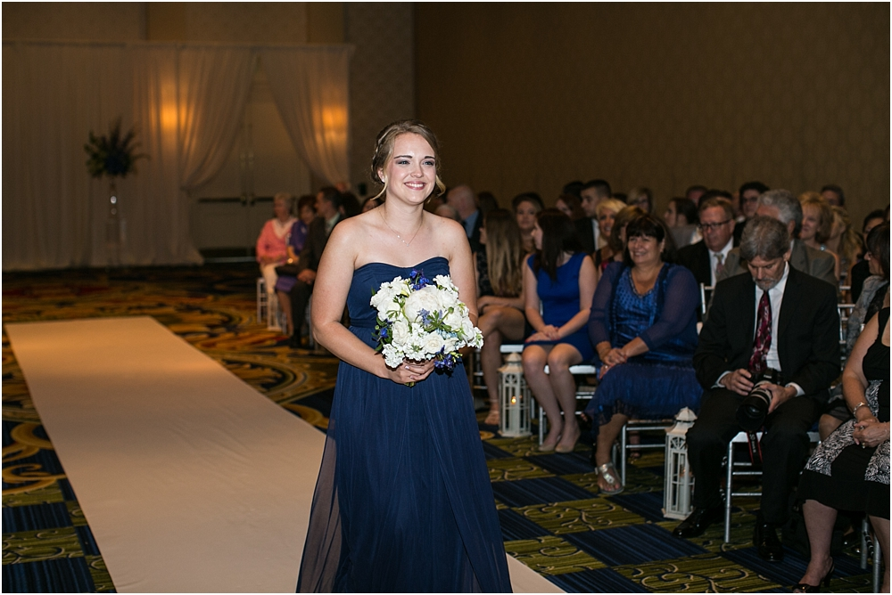 baltimore marriott waterfront wedding living radiant photograpy victoria clausen florals fiscus photos_0082.jpg