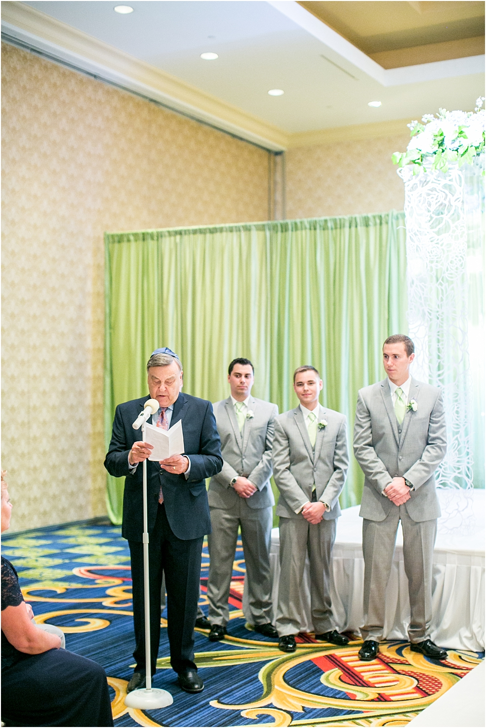 baltimore marriott waterfront wedding living radiant photograpy victoria clausen florals fiscus photos_0088.jpg
