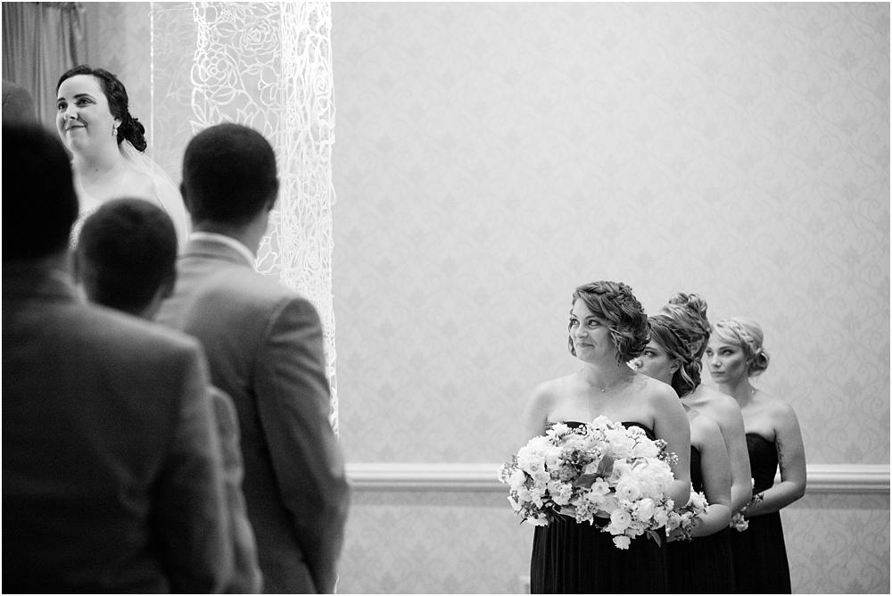 baltimore marriott waterfront wedding living radiant photograpy victoria clausen florals fiscus photos_0093.jpg