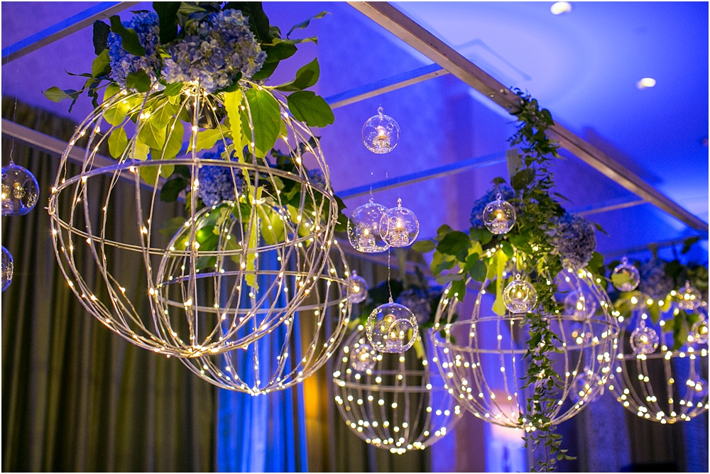 baltimore marriott waterfront wedding living radiant photograpy victoria clausen florals fiscus photos_0116.jpg