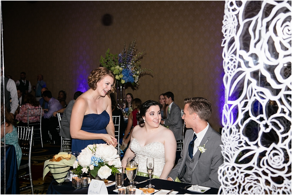 baltimore marriott waterfront wedding living radiant photograpy victoria clausen florals fiscus photos_0147.jpg