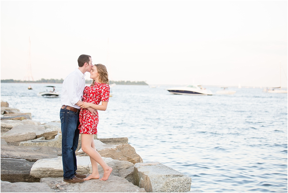 sarah alex annapolis waterfront engagement session living radiant photography photos_0015.jpg